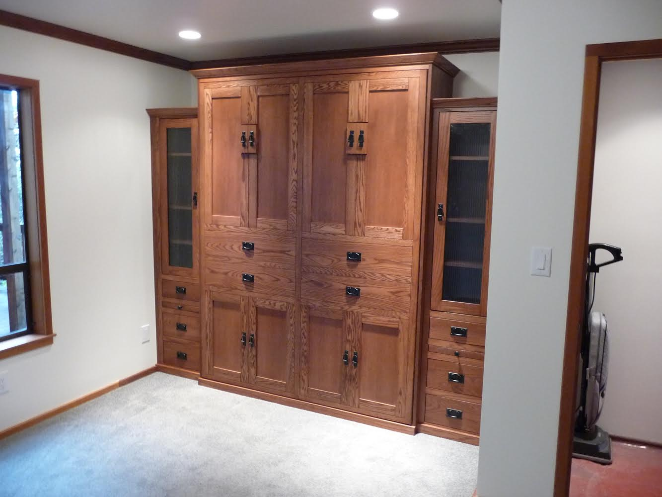 Queen size American Craftsman style Murphy Bed in Oak wood with Mission finish