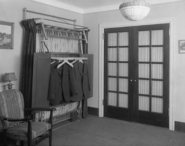 Early Murphy Bed